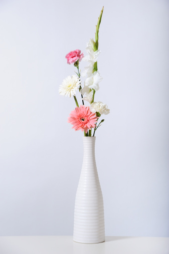 花「Bouquet of flowers in white vase」:スマホ壁紙(12)
