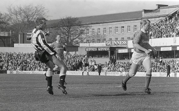 Best shot「Newcastle United v Portsmouth 1992」:写真・画像(11)[壁紙.com]