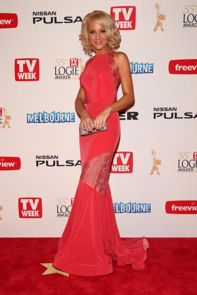 Scalloped - Pattern「2013 Logie Awards - Arrivals」:写真・画像(16)[壁紙.com]