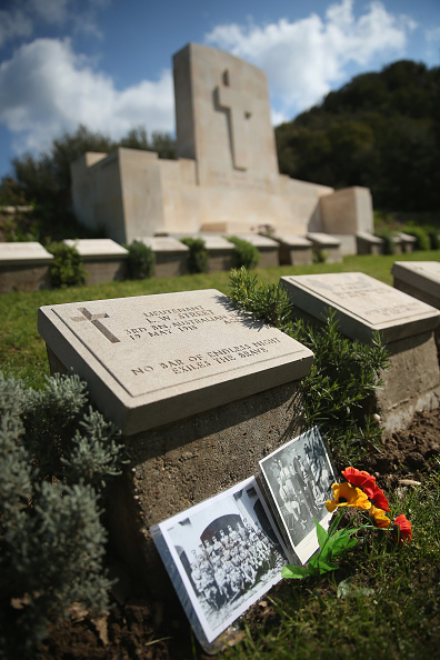 Sean Gallup「The Gallipoli Campaign: Gravestones Of Fallen Soldiers」:写真・画像(9)[壁紙.com]