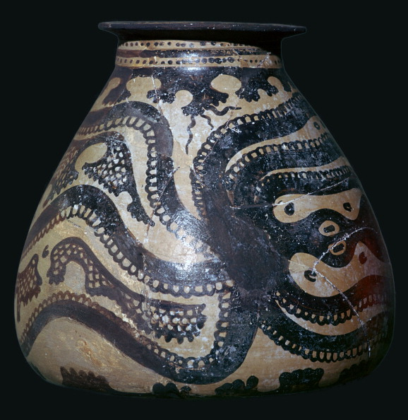 Octopus「Minoan pot with an octopus motif」:写真・画像(11)[壁紙.com]