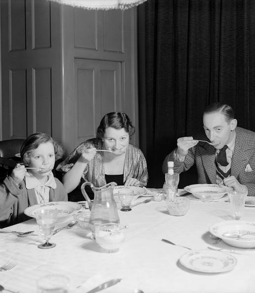 Dinner「Hulbert Family」:写真・画像(16)[壁紙.com]
