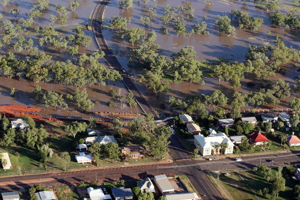 Simplicity「Flood Waters Rise In Queensland's Worst Floods For 20 Years」:写真・画像(1)[壁紙.com]
