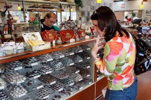 Candy「Chocolatier Prepares For Valentine's Day」:写真・画像(18)[壁紙.com]