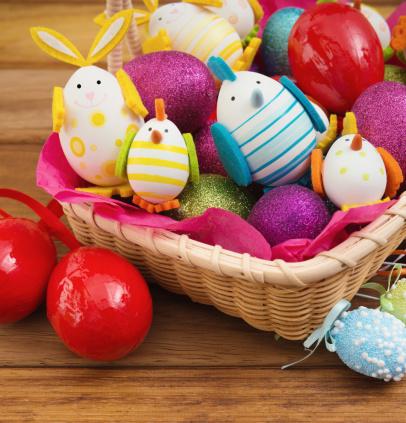 Easter Basket「Easter basket with colored eggs」:スマホ壁紙(4)