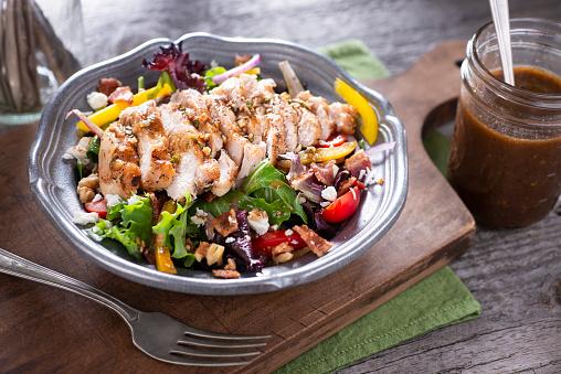 Vinaigrette Dressing「Chicken Over Salad」:スマホ壁紙(6)