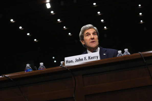 John Kerry「Sen. John Kerry Testifies During His Confirmation Hearing For Secretary Of State Post」:写真・画像(12)[壁紙.com]