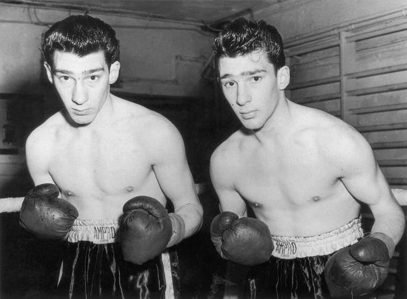 Boxing Ring「Kray Twins 1952」:写真・画像(16)[壁紙.com]