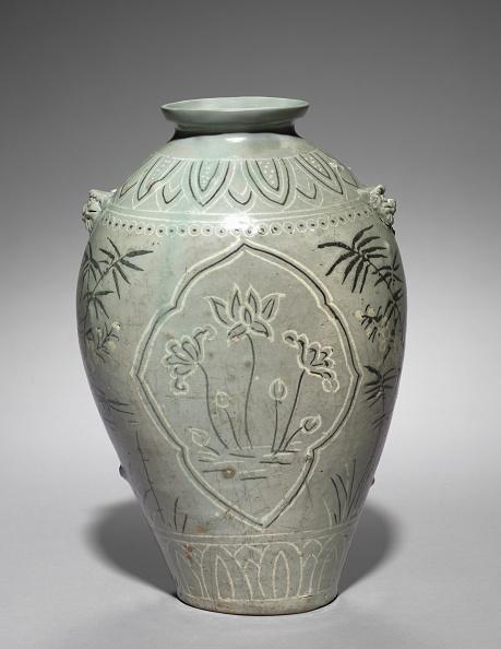 Vase「Vase With Inlaid Lotus」:写真・画像(8)[壁紙.com]