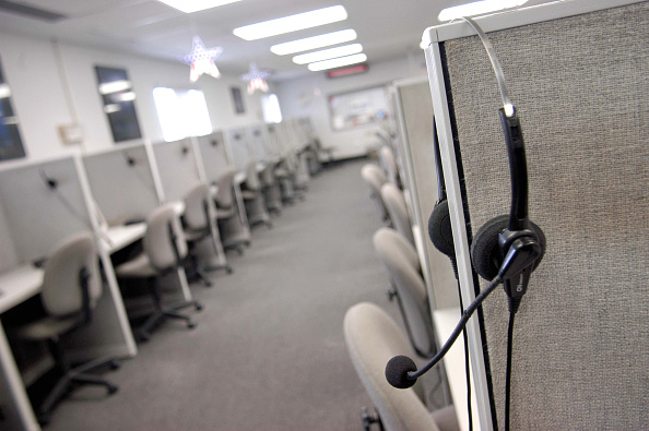 Using Phone「Do Not Call Forces Philadelphia Telemarketing Firm To Close」:写真・画像(16)[壁紙.com]