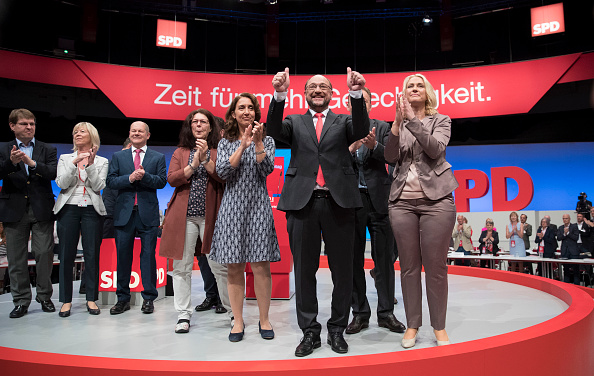 Party - Social Event「SPD Holds Federal Party Congress」:写真・画像(12)[壁紙.com]
