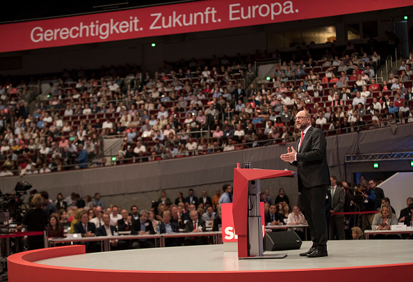 Party - Social Event「SPD Holds Federal Party Congress」:写真・画像(15)[壁紙.com]
