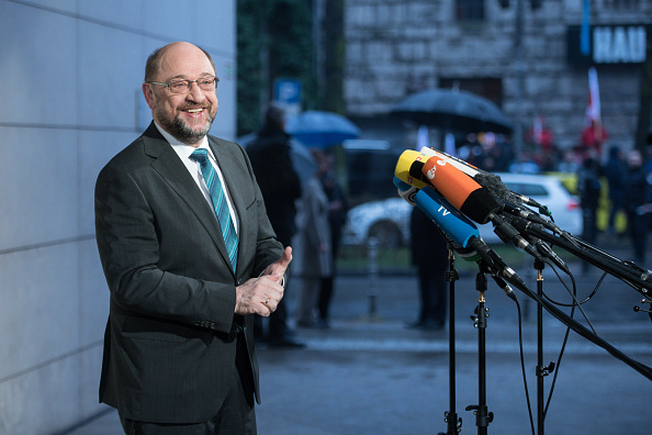 Steffi Loos「SPD, CDU And CSU Meet To Conclude Preliminary Coalition Talks」:写真・画像(13)[壁紙.com]
