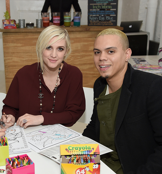 Ashlee Simpson「'Color Alive' Launch Event Hosted By Ashlee Simpson Ross」:写真・画像(16)[壁紙.com]