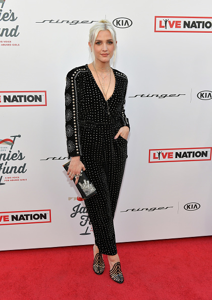 アシュリー・シンプソン「Steven Tyler And Live Nation Presents Inaugural Gala Benefitting Janie's Fund - Arrivals」:写真・画像(8)[壁紙.com]
