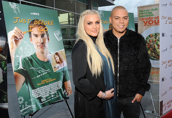 Ashlee Simpson「Los Angeles Special Screening Of 'Just Before I Go'」:写真・画像(0)[壁紙.com]