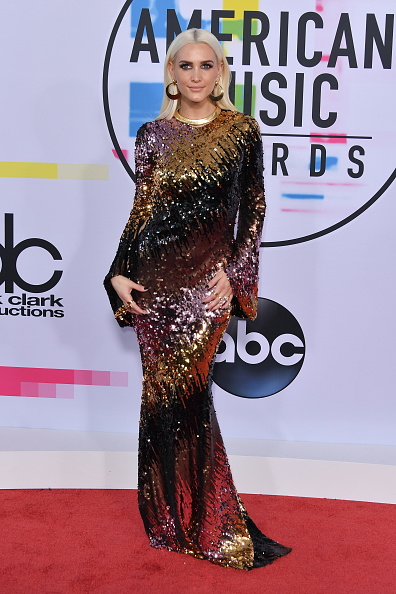 Ashlee Simpson「2017 American Music Awards - Arrivals」:写真・画像(4)[壁紙.com]