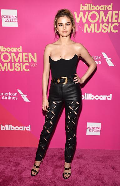 Selena Gomez「Billboard Women In Music 2017 - Red Carpet」:写真・画像(2)[壁紙.com]