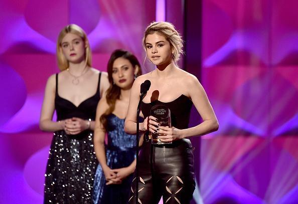 Selena Gomez「Billboard Women In Music 2017 - Show」:写真・画像(10)[壁紙.com]