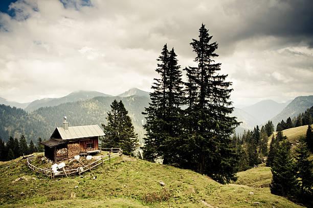alp hut in the ammergauer alps, bavaria,- vintage filtered:スマホ壁紙(壁紙.com)