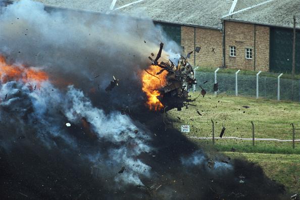 Test Track「Nuclear Waste Flask Survives Train Crash」:写真・画像(19)[壁紙.com]