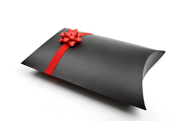 ブラックのギフトボックス:スマホ壁紙(壁紙.com)