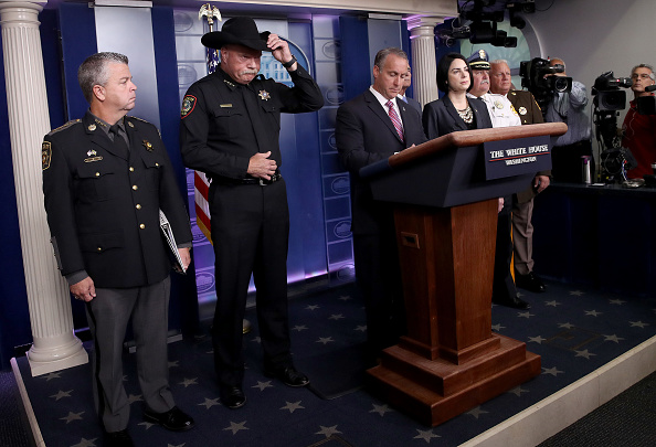 Win McNamee「ICE Director Matt Albence Gives Press Briefing At White House」:写真・画像(10)[壁紙.com]
