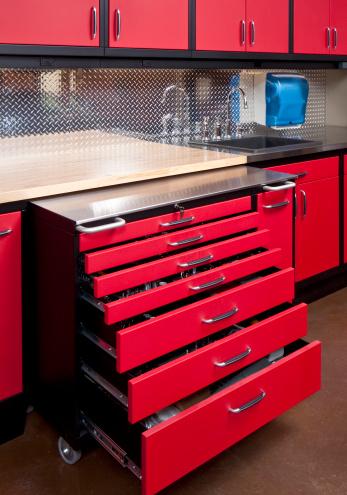 Garage「Auto and work shop tool cabinet」:スマホ壁紙(19)