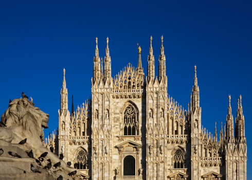 Duomo Di Milano「Italy, Lombardy, Milan, Piazza Del Duomo. 」:スマホ壁紙(16)