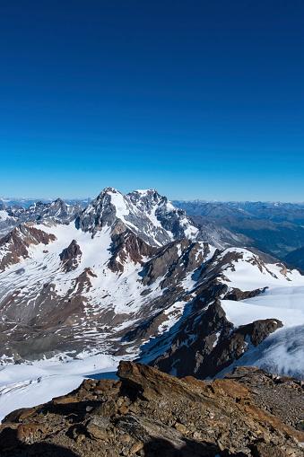 雪景色「Italy, Lombardia, Valfurva, Monte Zebru in early Summer」:スマホ壁紙(11)