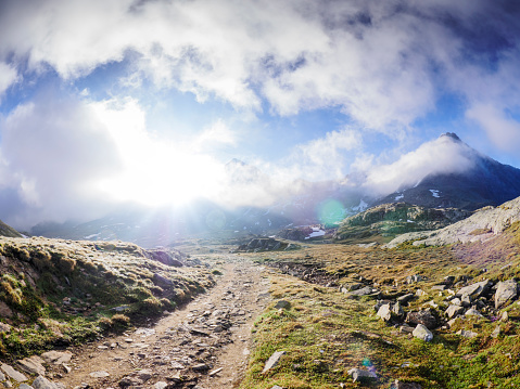 Hiking「Italy, Lombardy, Gavia Pass, hiking trail」:スマホ壁紙(12)