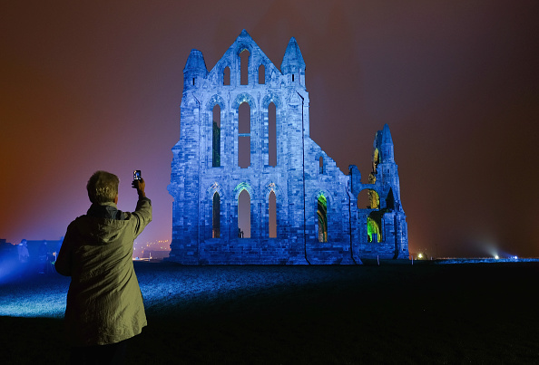 Photography Themes「Whitby Abbey Seen In A New Light As Its Bathed In Dramatic Illuminations」:写真・画像(17)[壁紙.com]