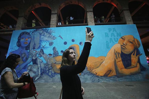 Mario Tama「Annual Art Fair Held In Rio De Janeiro」:写真・画像(0)[壁紙.com]