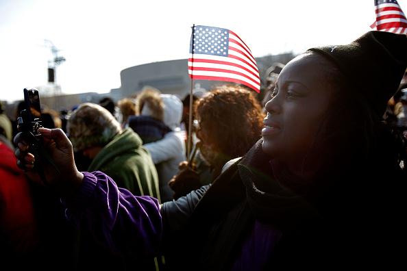 Robert Nickelsberg「Barack Obama Is Sworn In As 44th President Of The United States」:写真・画像(2)[壁紙.com]