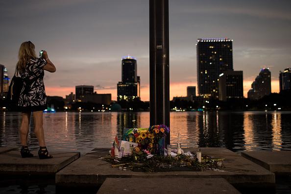 フロリダ州オーランド「49 Dead In Mass Shooting At Gay Nightclub In Orlando」:写真・画像(0)[壁紙.com]