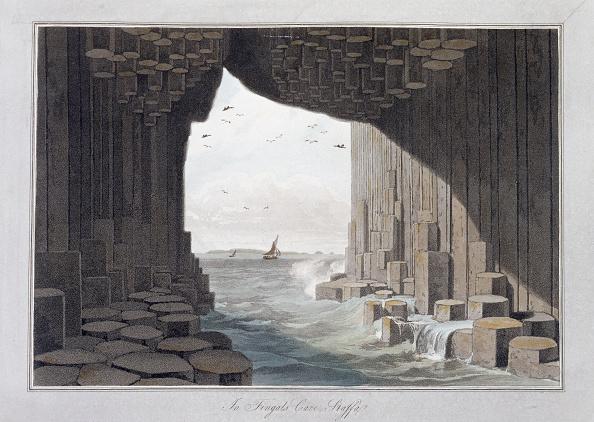 Geology「In Fingal's Cave Staffa Scotland 1829」:写真・画像(3)[壁紙.com]