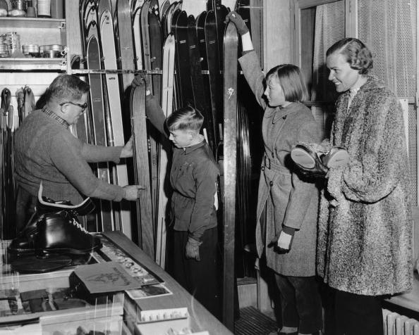 20th Century「Shopping For Skis」:写真・画像(13)[壁紙.com]