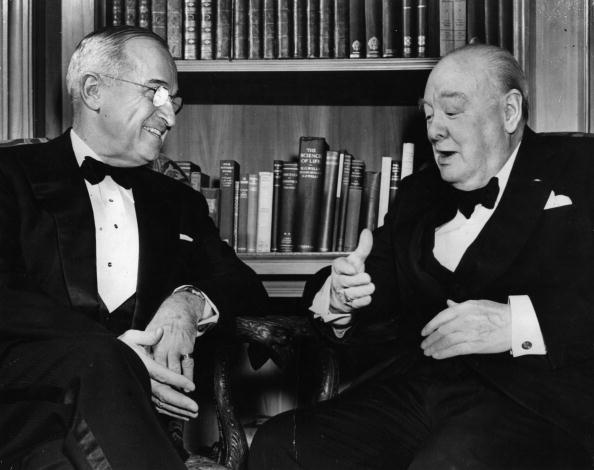 US President「Churchill And Truman」:写真・画像(8)[壁紙.com]