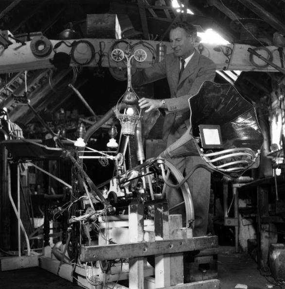Industrial Equipment「Rowland Emett」:写真・画像(13)[壁紙.com]