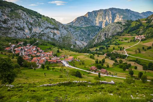 Cantabria「Liebana valley Cantabria Spain」:スマホ壁紙(12)