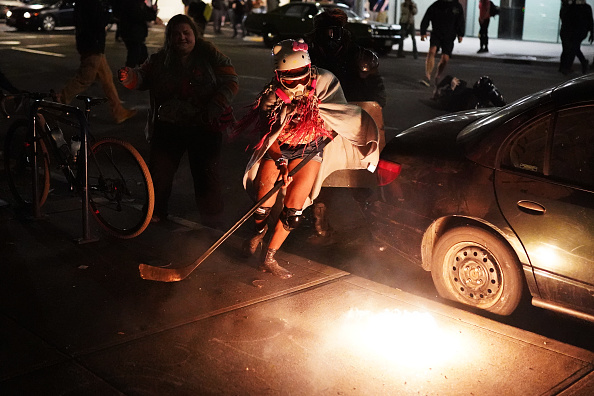 Nathan Howard「Feds Attempt To Intervene After Weeks Of Violent Protests In Portland」:写真・画像(15)[壁紙.com]