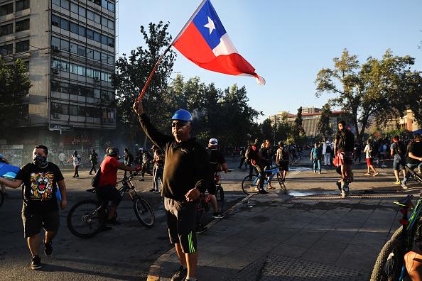 Latin America「Wealth Gap Fuels Anger In Chile」:写真・画像(18)[壁紙.com]