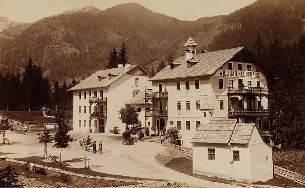 1880-1889「Wildbad New Prague In Val Pusteria」:写真・画像(9)[壁紙.com]