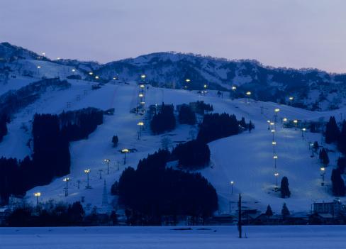 Ski Resort「Ishiuchi Maruyama Ski Resort, Minamiuonuma, Niigata, Japan」:スマホ壁紙(11)
