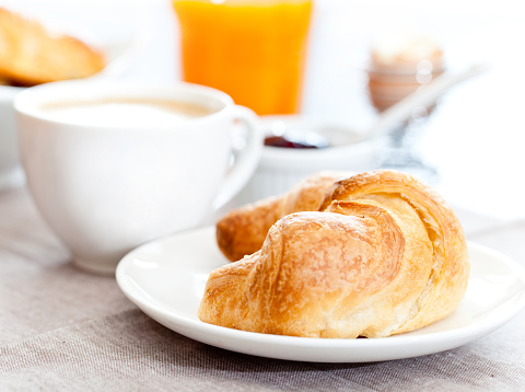 Latte「コンチネンタルブレックファスト、コーヒー、クロワッサン」:スマホ壁紙(17)