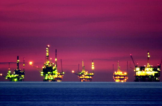 Fuel and Power Generation「California Oil is Source of Wealth and Fear」:写真・画像(8)[壁紙.com]