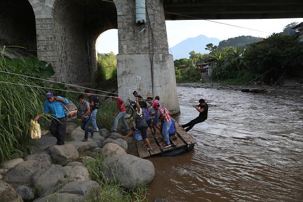 Economic fortune「People And Goods Flow Across Porous Guatemala-Mexico Border」:写真・画像(3)[壁紙.com]