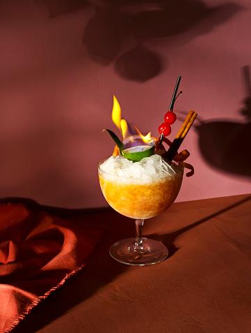 Liquor「Flambé rum tiki cocktail」:スマホ壁紙(5)