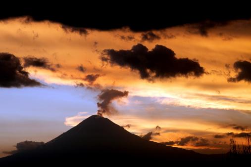 Active Volcano「Popocatépetl Sunset」:スマホ壁紙(1)