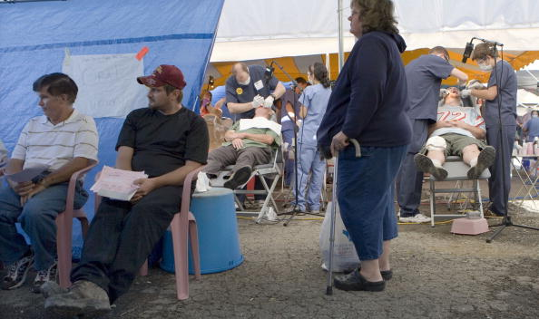 Insurance「Rural Families Seek Free Health Care At Weekend Clinic」:写真・画像(15)[壁紙.com]